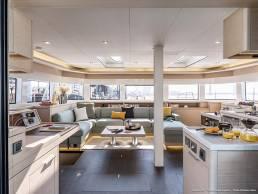 Lagoon 55 interior del catamarán